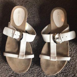 Anne Klein white sandals w/silver buckle 6.5